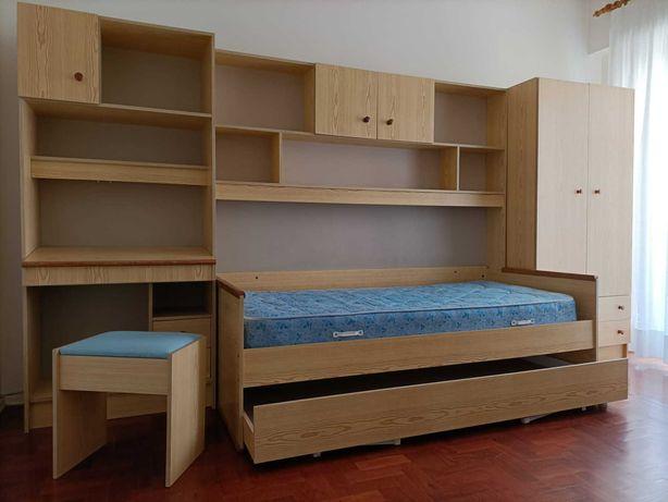 Mobília de quarto individual