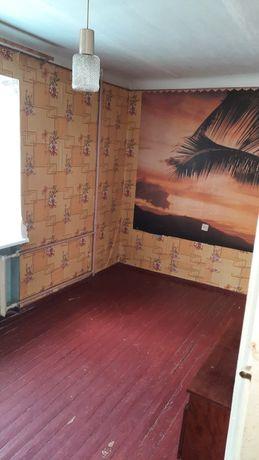 Продам 2х комнатную квартиру в ценре.