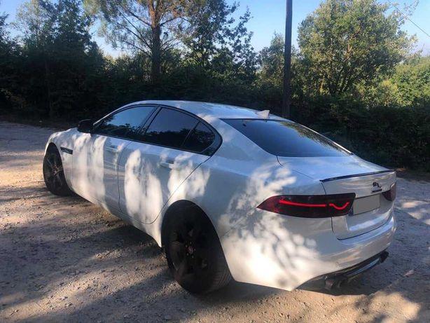 Jaguar XE 2.0D R-Sport Automático 180cv