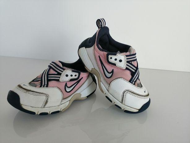 Buty sportowe Nike, 25.5