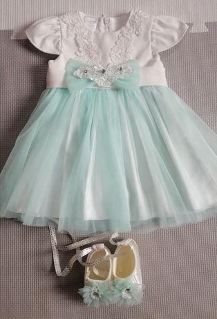 Sukienka do chrztu miętowa roz 3-6 miesiecy