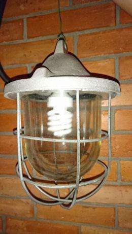 Lampa Loftowa Przemysłowa Po Renowacji