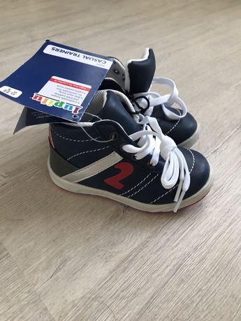 Ботинки lupilu нові деми (не Zara)
