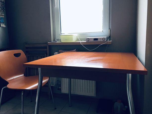 Stół i 4 krzesła Black Red White