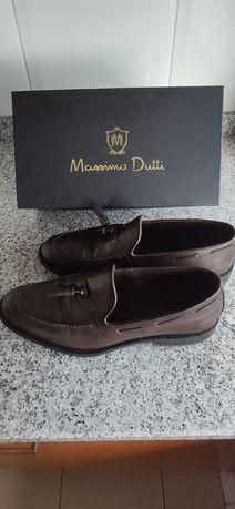 Sapatos - Homem.