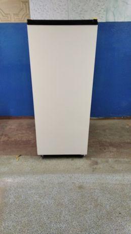 Продам однокамерный холодильник