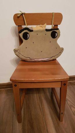 Krzeselko , drewniane krzesło dla dziecka