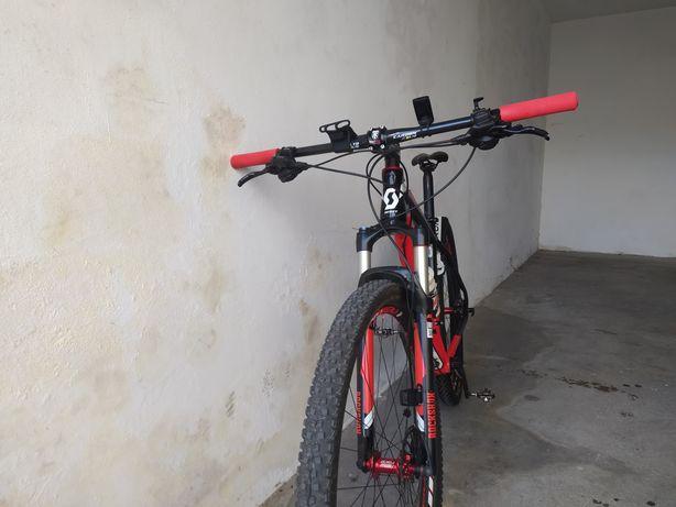 Bicicleta Scott Carbono roda 29