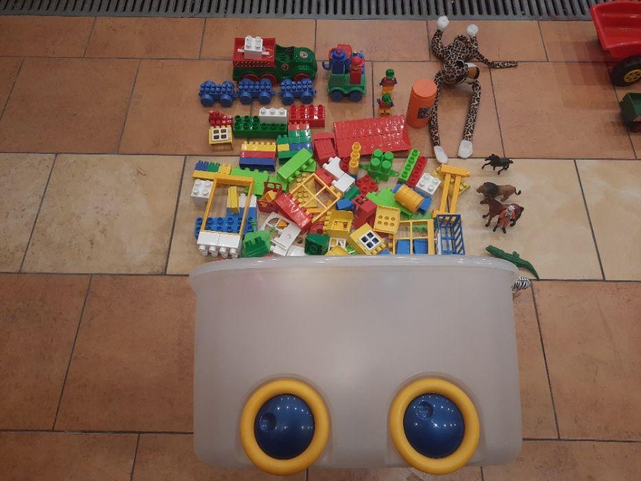 Zestaw klocków - zabawek wraz ze skrzynią Złotów - image 1