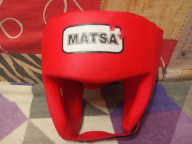Шлем боксёрский,