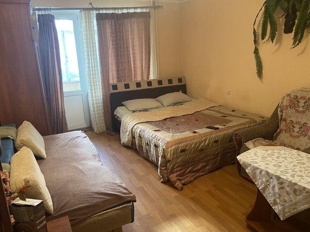 Здам 1-кімнатну квартиру по вул. Відінська