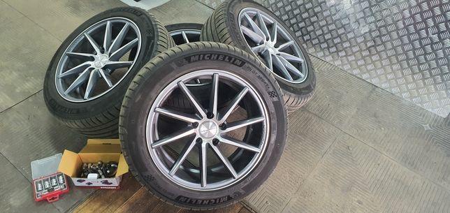 Продам диски с шинами Michelin 215/55R17