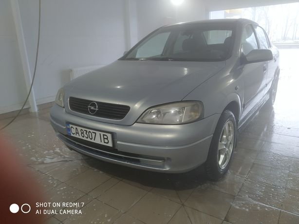 Opel Astra 1.6 бензин