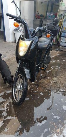 2 pelo preço de 1 Scooter eletrica