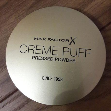 Nowy puder Max Factor w kamieniu