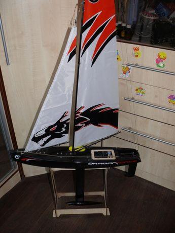 Яхта радиоуправляемая Joysway Dragon Force длина 65 см, дальность 300м