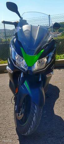 Kawasaki J125 Scooter 2020/07 1.800Km