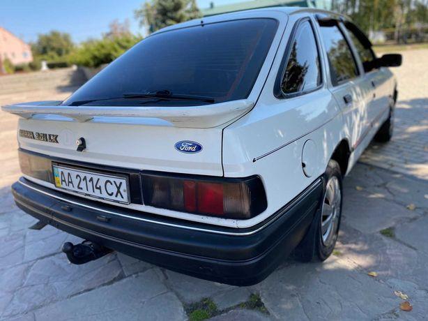 Форд Сиера в хорошем состоянии