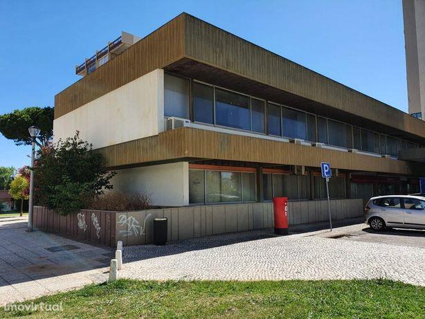 Edifício no centro de VilaMoura para investimento