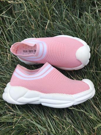 Продам новые кроссовочки)