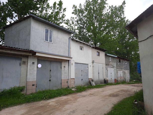 Продам 2 поверховий гараж гбк 22 , Довженка