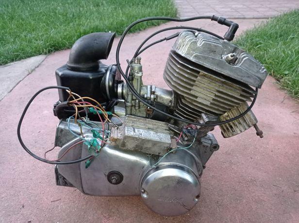 Двигатель Иж Планета 5.Зажигание Минск 12В.Коленвал идеал.ЦПГ 000.СССР