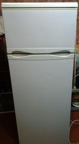 Холодильник Rainford RRF-2263N