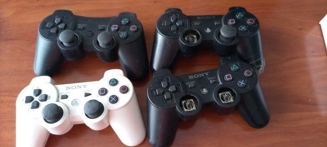 Comandos da PS3 e PS4 para peças