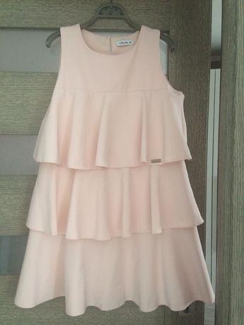 Sukienka falbana