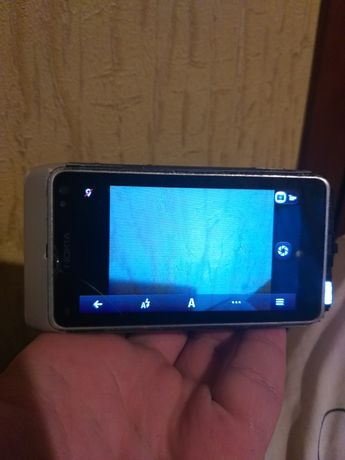 На запчасти Nokia n8