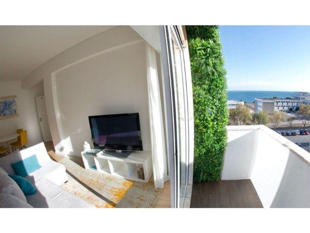 T1 com vista mar, junto à praia de Paço de Arcos