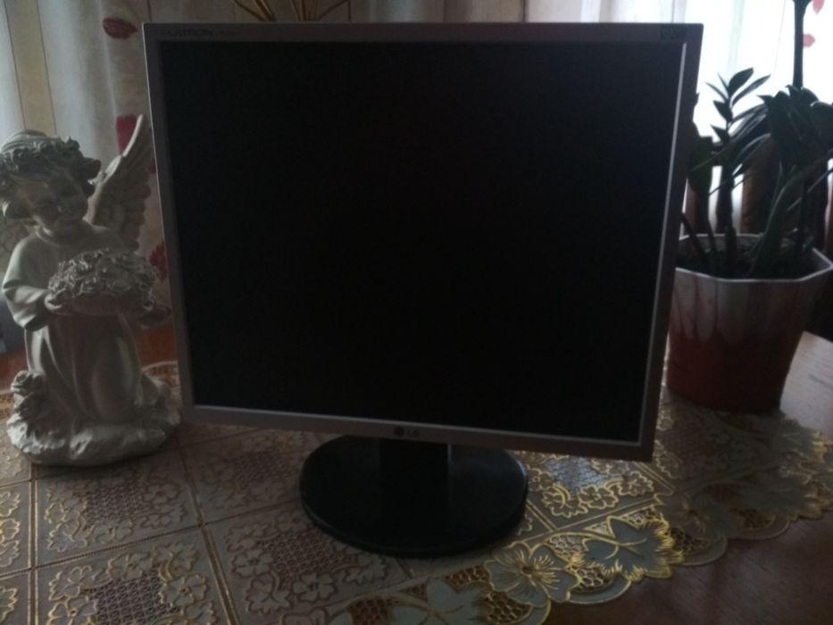 Монитор LG FLATRON L1953s Бердичев - изображение 1