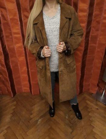Замшевое натуральное крутое пальто оверсайз коричневое