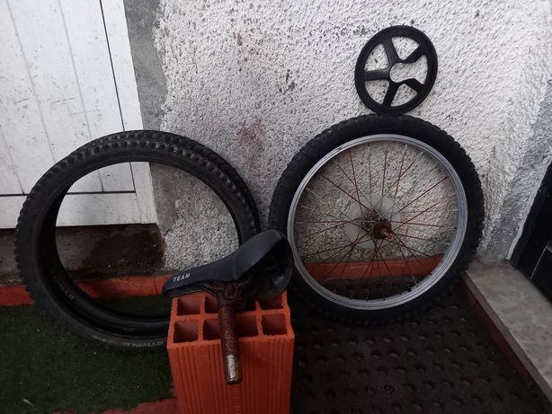 Material de Bicicleta de criança em bom estado