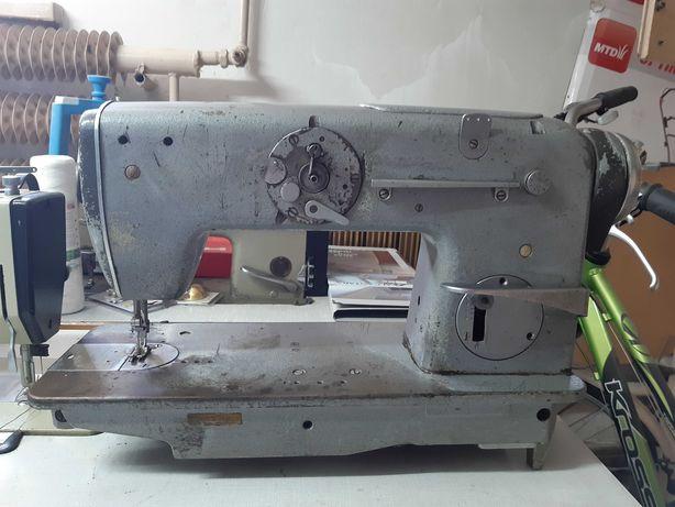 Maszyna do szycia Textima, ze stołem i silnikiem na siłę