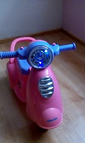 Sprzedam skuter jeździk