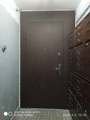 Тамбурные двери.