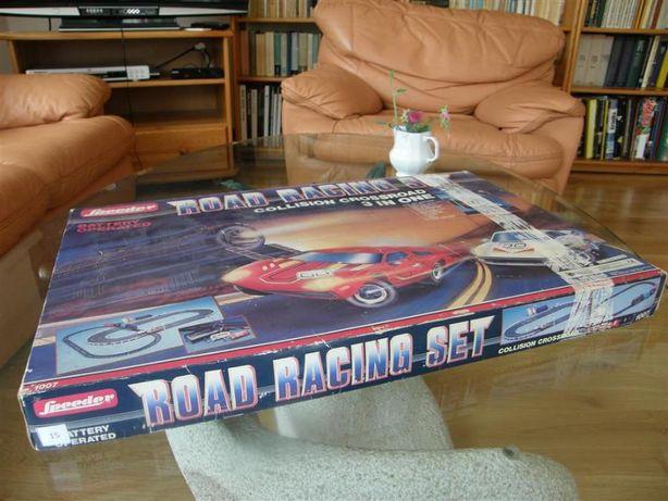 Tor samochodowo - kolejowy. Skrajnie rzadki model zabawki.