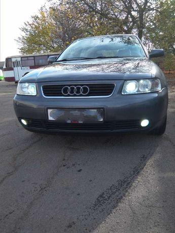 Продам машину Audi A3