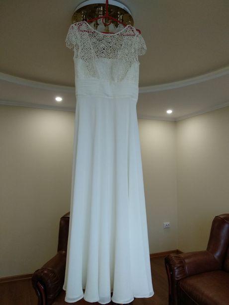 Вечірні плаття сукня