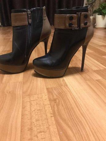 Обувь женская,кожаные ботилёны