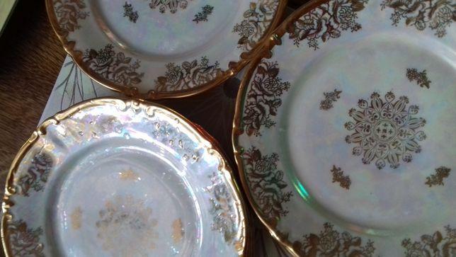 Продам набор закусочных порцеляновых тарелок ГДР