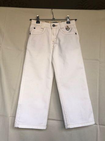 Детские белые штаны брюки джинсы на мальчика Burberry