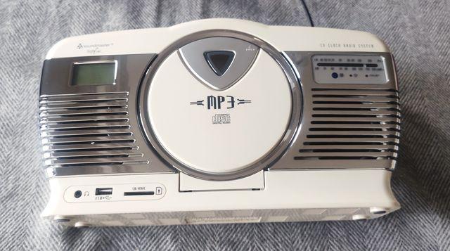 Radioodtwarzacz retro