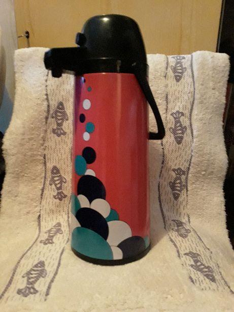 Termos do kawy, herbaty, z ciśnieniową wylewką