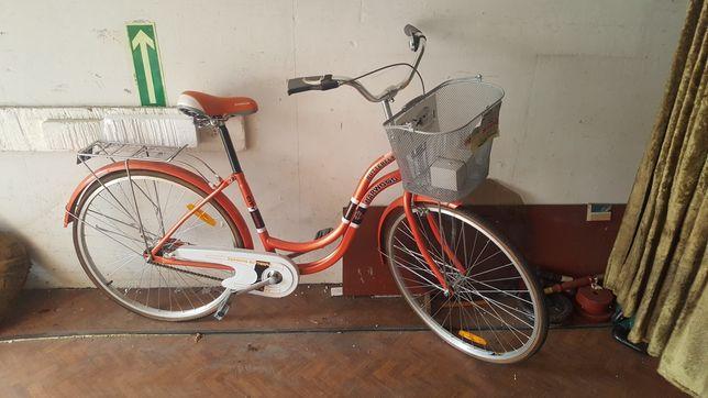 Holenderski rower z koszykiem