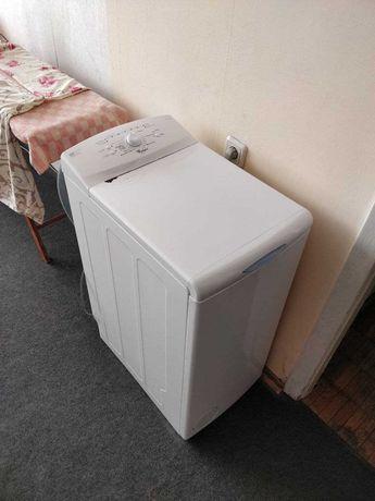 Зламана пральна машина Whirlpool AWE 2221