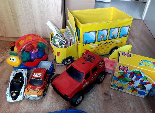 Zabawki, samochody puzzle klocki książeczki