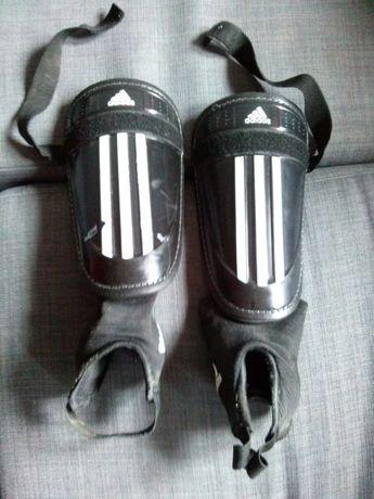 ochraniacze adidas z ochroną kostki rozmiar L