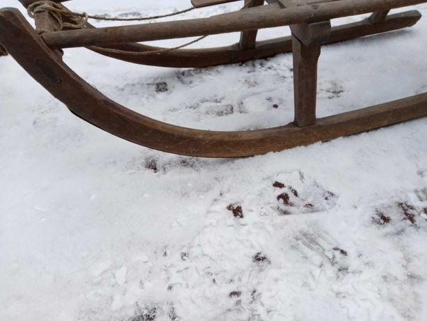 Sanki drewniane sportowe prl